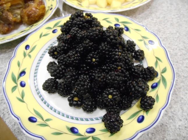 washed blackberries