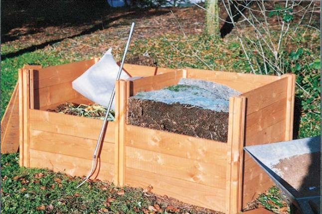twin compost bins