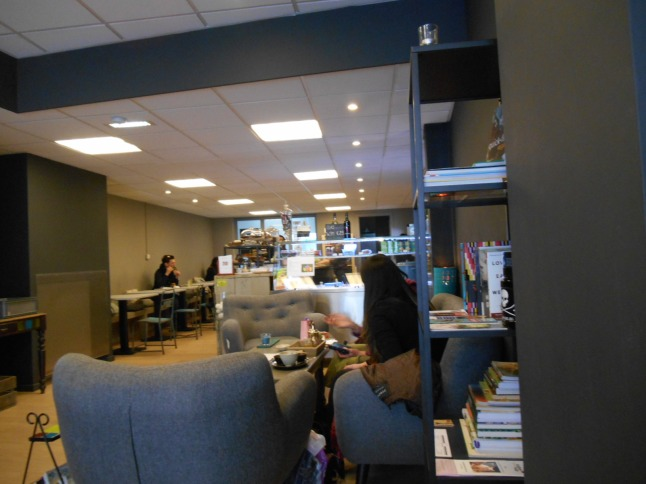More interiors at Vegaverso, with books and comfy chairs
